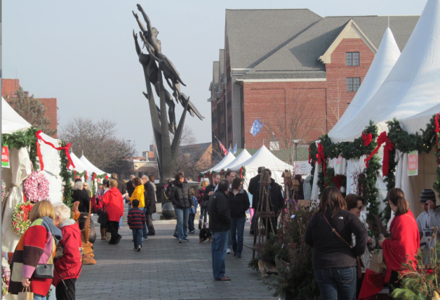 Birmingham, MI - Annual WInter Market located in Shain Park